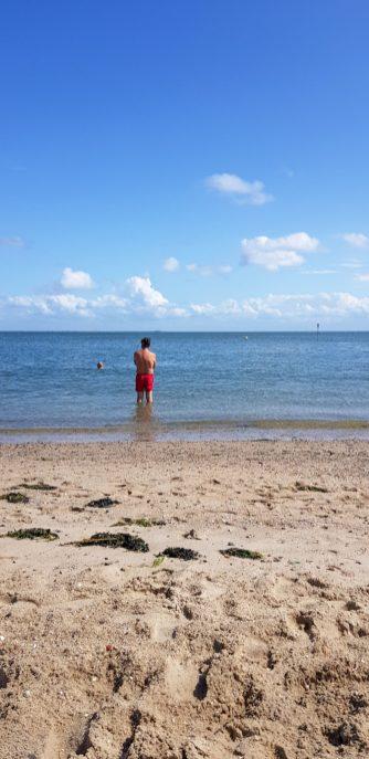 Stefan swims