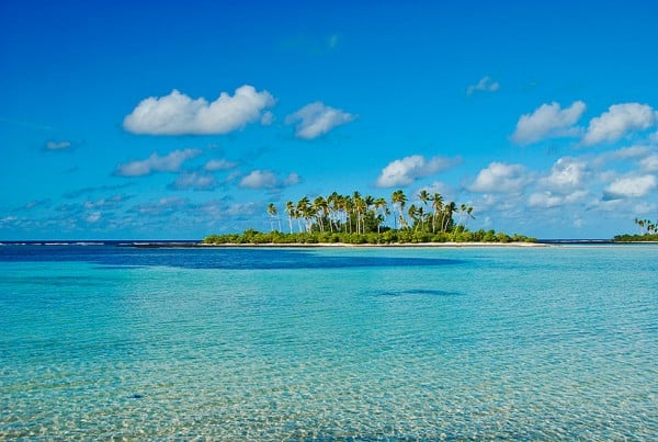 Picture of an island of Kiribati. Gambling is legal and regulated in the country, however, online gambling is not yet regulated.