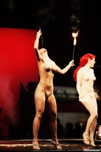 Erotica_2004_096