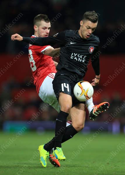 Morgan Schneiderlin of Man Utd battles with Vaclav Kadlec of Midtjylland