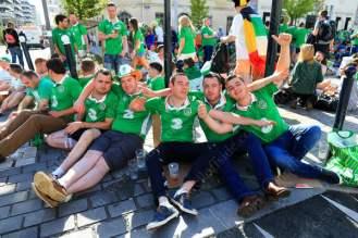 Irish fans take a break