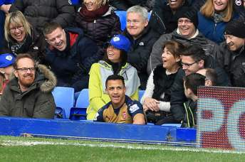 Arsenal's Alexis Sanchez takes a break from the action