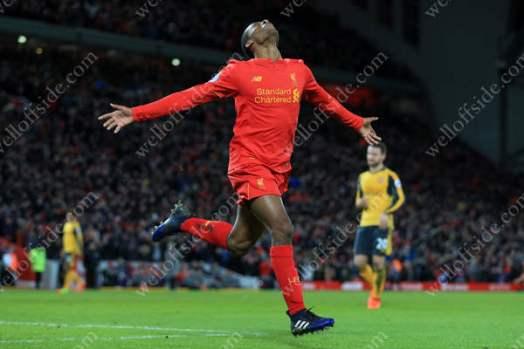 Georginio Wijnaldum of Liverpool celebrates after scoring their 3rd goal to condemn Arsenal to defeat