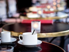 café-tables-robert-s-donovan-flickr