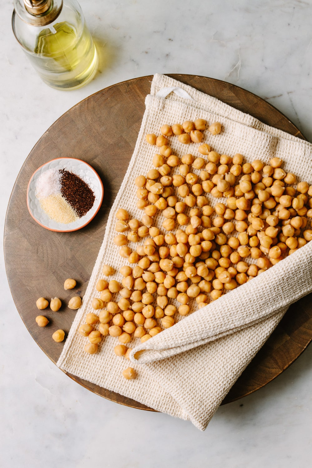ingredients for chipotle roasted chickpea