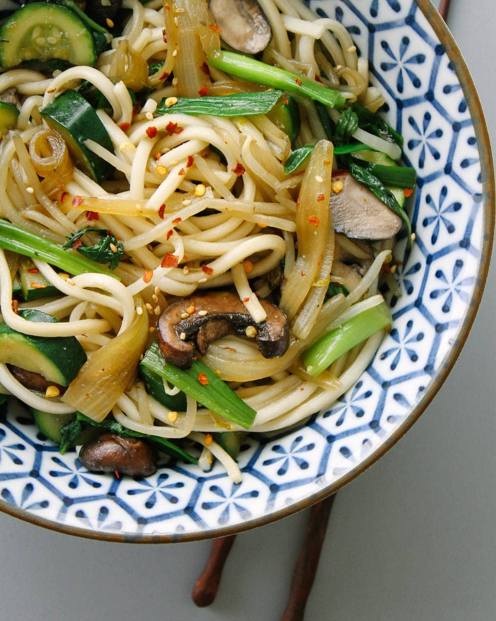 Simple Udon Noodle Bowl The Simple Veganista