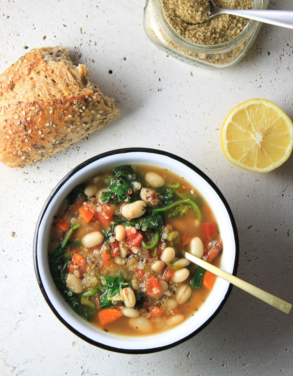 KALE, QUINOA + WHITE BEAN SOUP