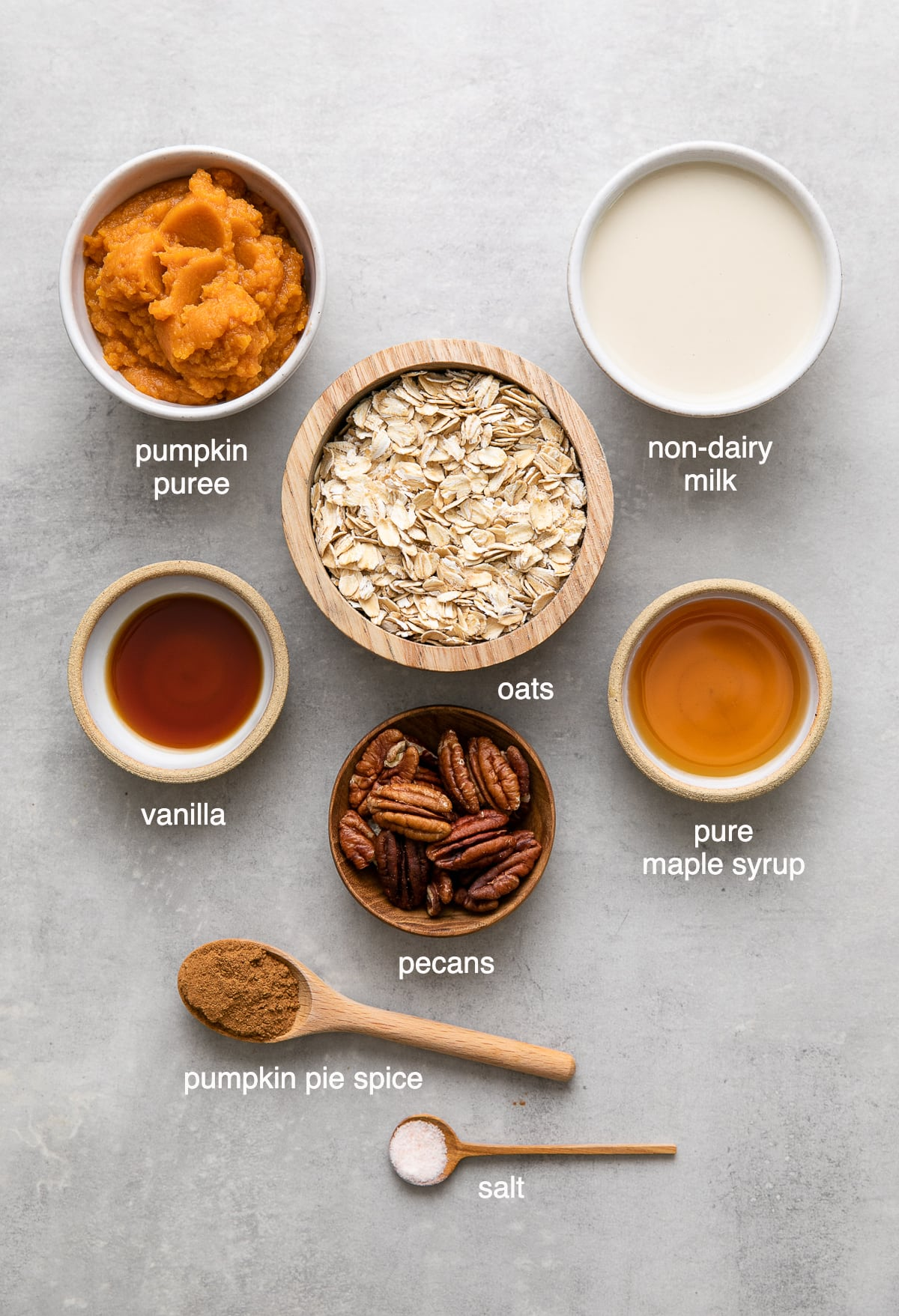 top down view of ingredients used to make healthy pumpkin oatmeal.
