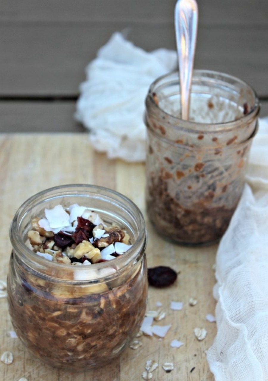 chocolate-banana-walnut-overnight-oats-simple-and-savory-com