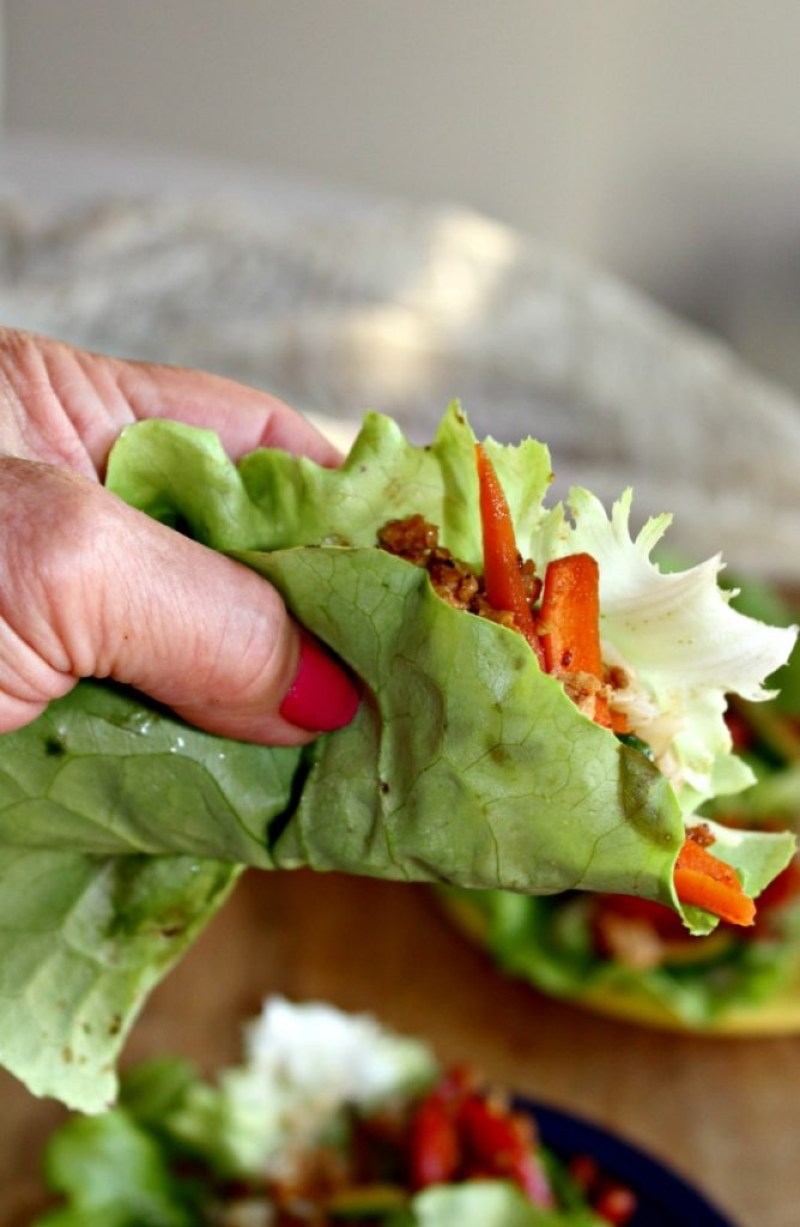 Asia Chicken lettuce wraps healthy gluten free