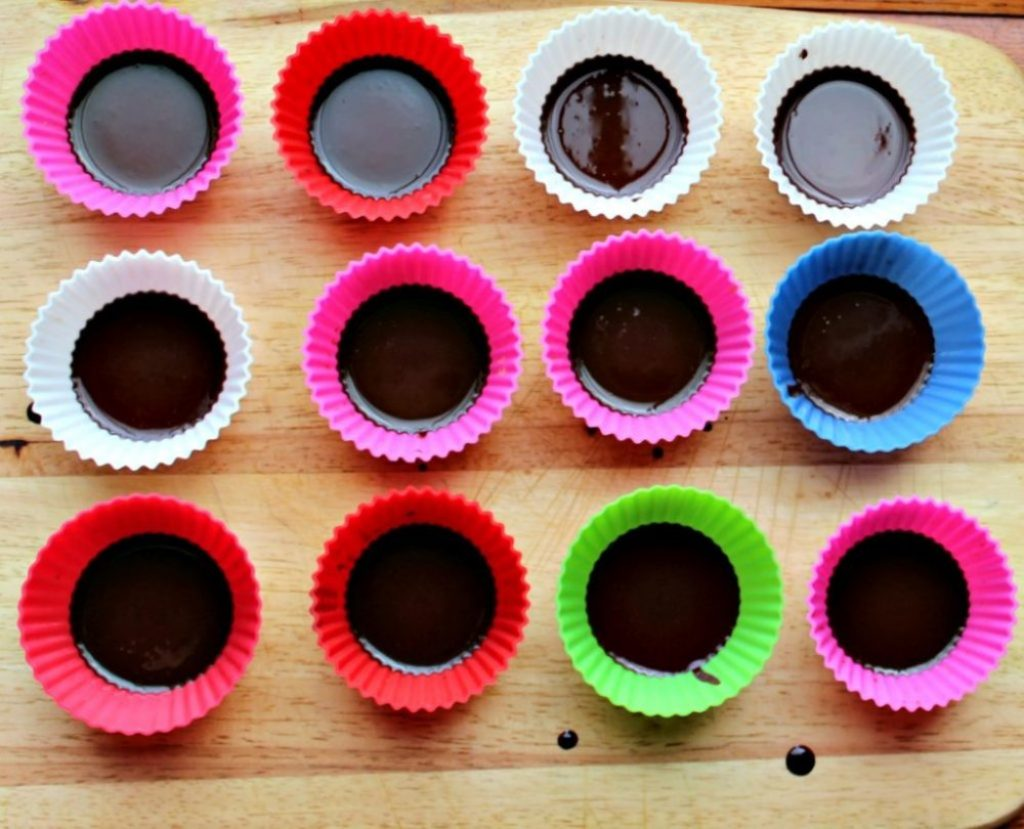 Chocolate peanutbutter cups simpleandsaory.com