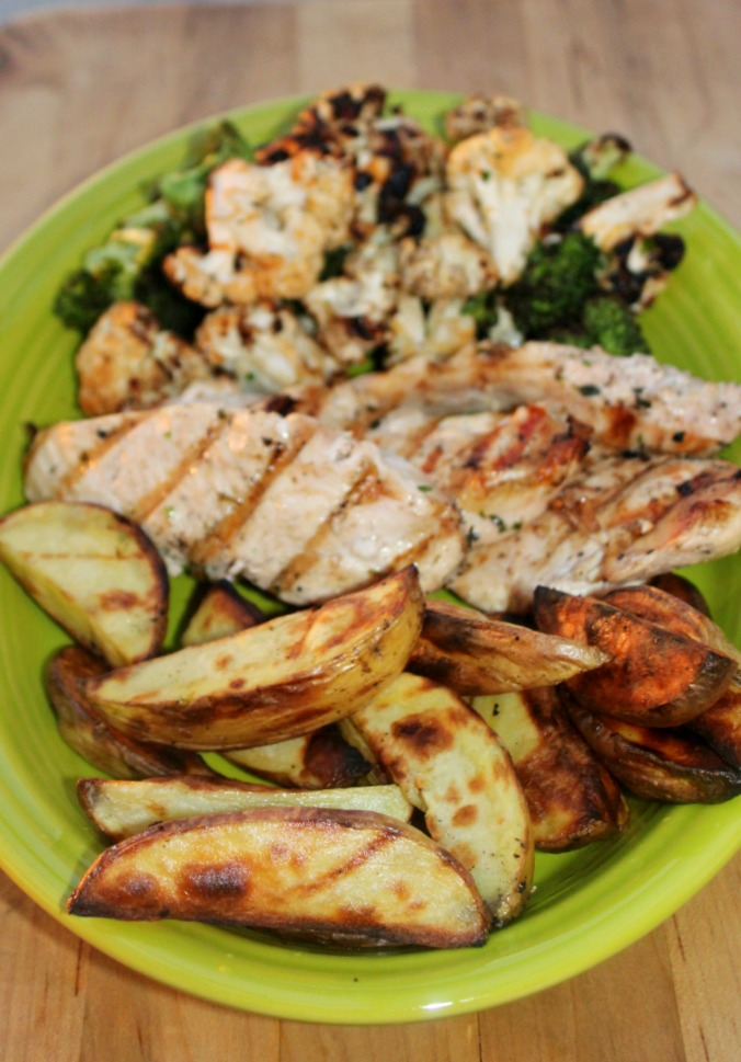 Grilled Chicken with vegetables Simple and savory.com