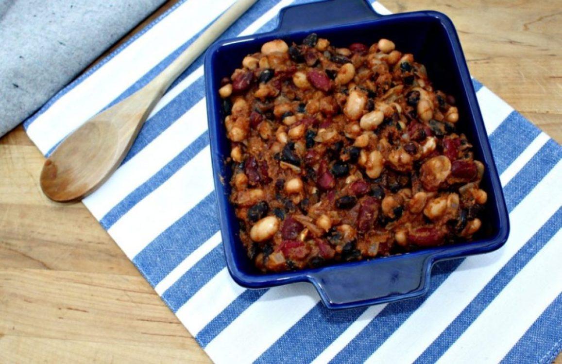 Slow cooked baked beans gluten free vegan vegetarian simpleandsavory.com
