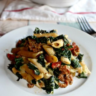 Baked pasta with kale and sun dried tomatoes