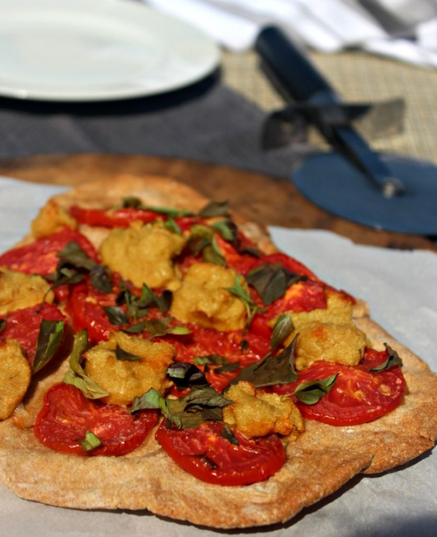 vegan-margherita-pizza-simple-and-savory