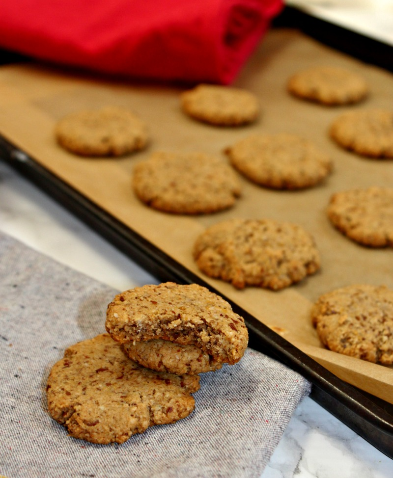 gingerbread-cookies-simpleandsavory-com