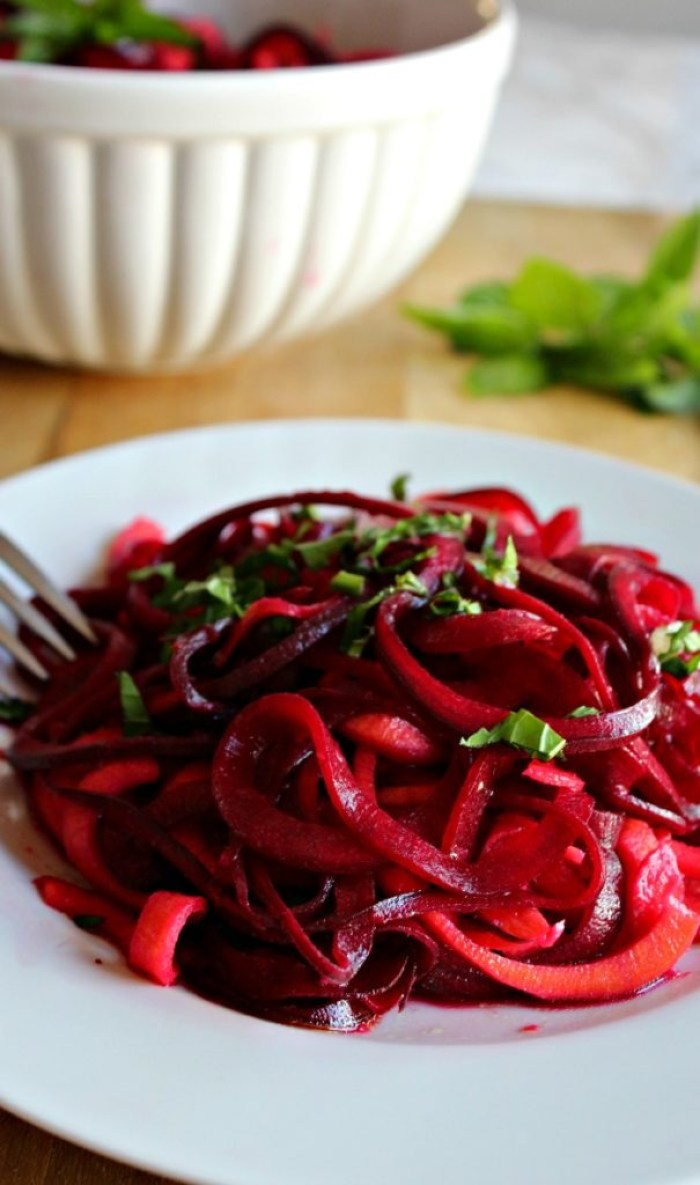 veggie noodle salad with beets simpleandsavory.com