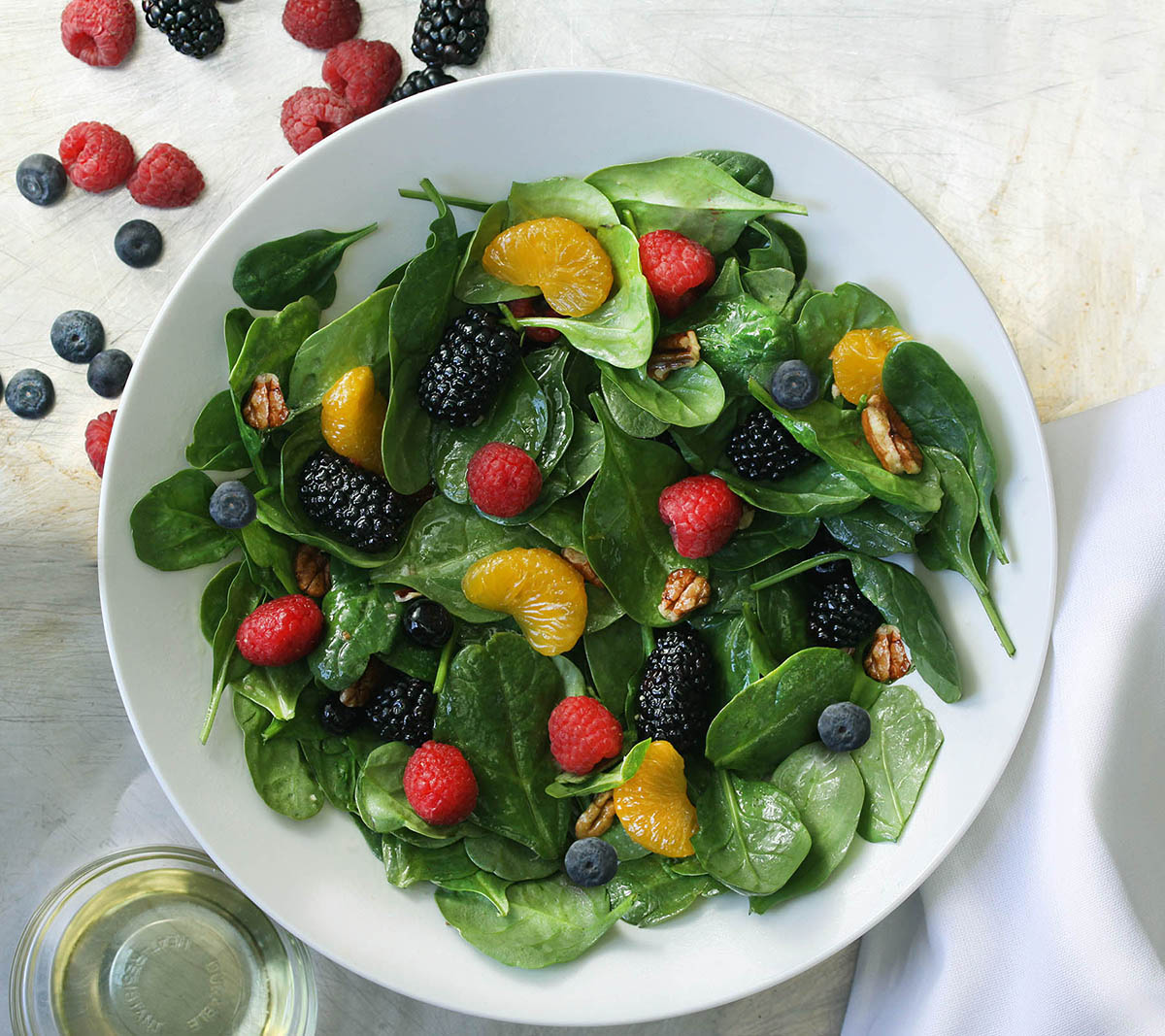 Fruit and Spinach Salad with Pecans