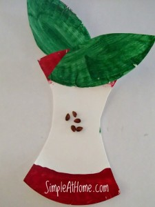Apple Unit Study for ages 3-8. Check out this cute apple craft and FREE Johnny Appleseed printable