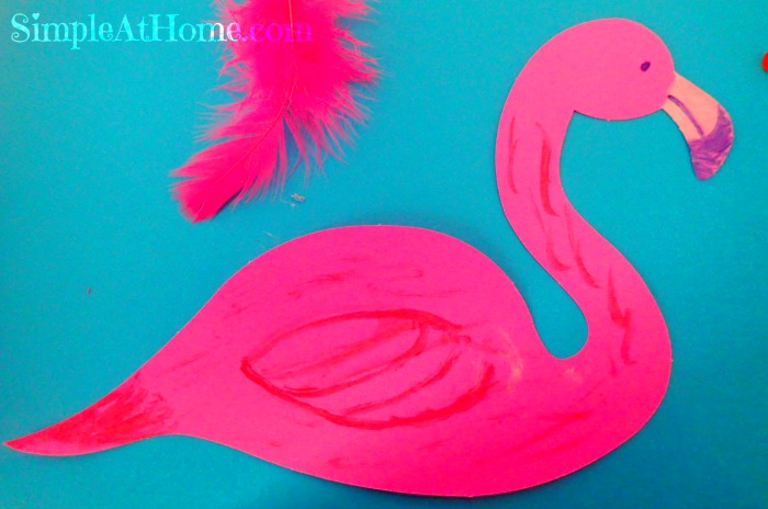 This bright flaingo craft is perfect for summer