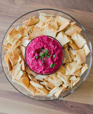 Smokey Beet Hummus and Pita Chips