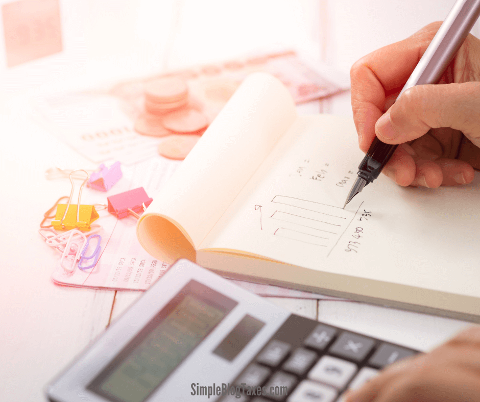 Tax deductions for bloggers. 14 of the most common small business tax deductions to keep in mind when filing taxes on your blog income. #TaxDeductions #SmallBusiness #BlogTaxes #BlogTips #MakingMoneyBlogging SimpleBlogTaxes.com