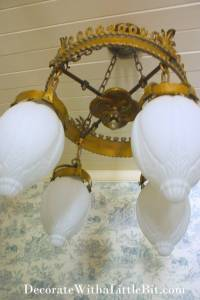 HometoCottage.com Antique Chandelier Looks like the Crowning Glory...