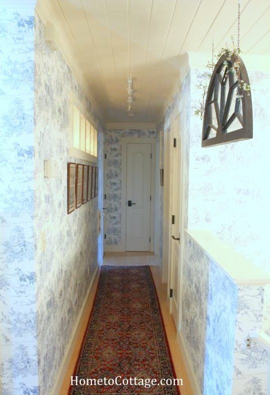 HometoCottage.com hallway interior windows