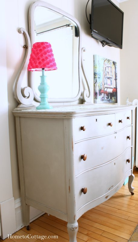 HometoCottage.com dresser with mirror