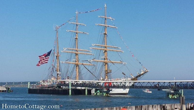 HometoCottage.com Coast Guard free tours
