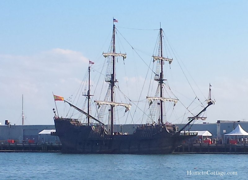 HometoCottage.com Spanish Galleon docked
