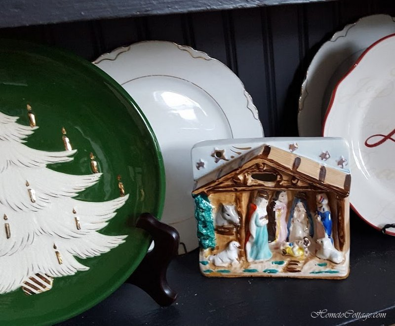 HometoCottage.com ceramic plug in nativity