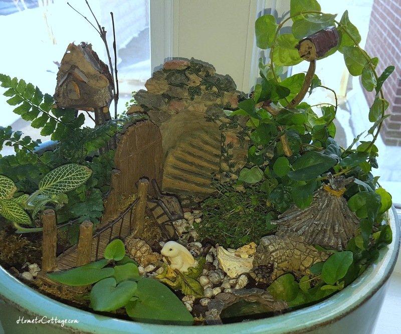 HometoCottage.com my updated mini garden