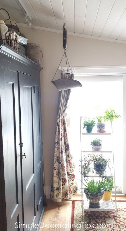 SimpleDecoratingTips.com vintage produce scale hangs in breakfast room