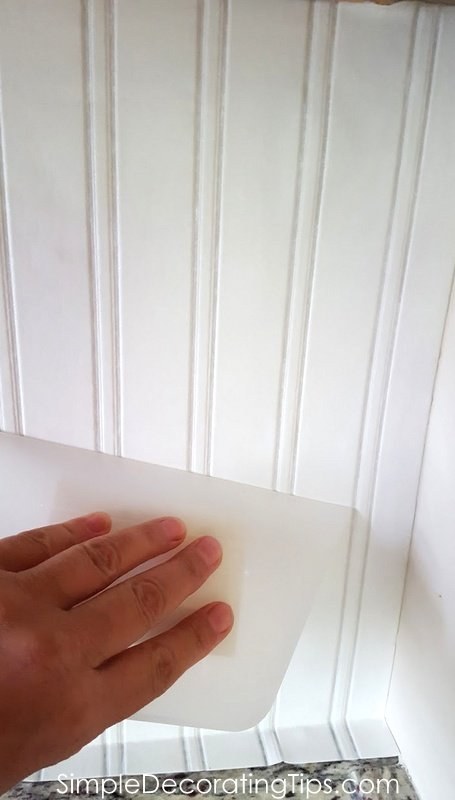 SimpleDecoratingTips.com Easiest DIY Beadboard ever