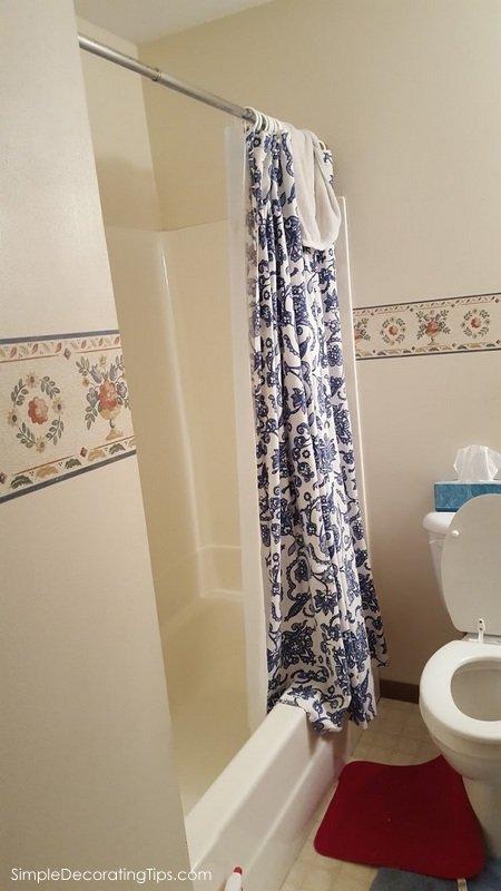 SimpleDecoratingTips.com Renovating a Condo Bathroom