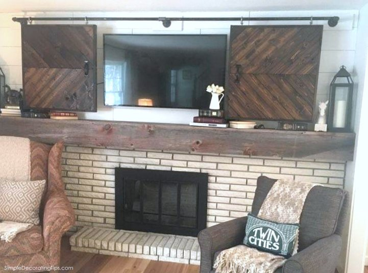 SimpleDecoratingTips.com Farmhouse Style Fireplace