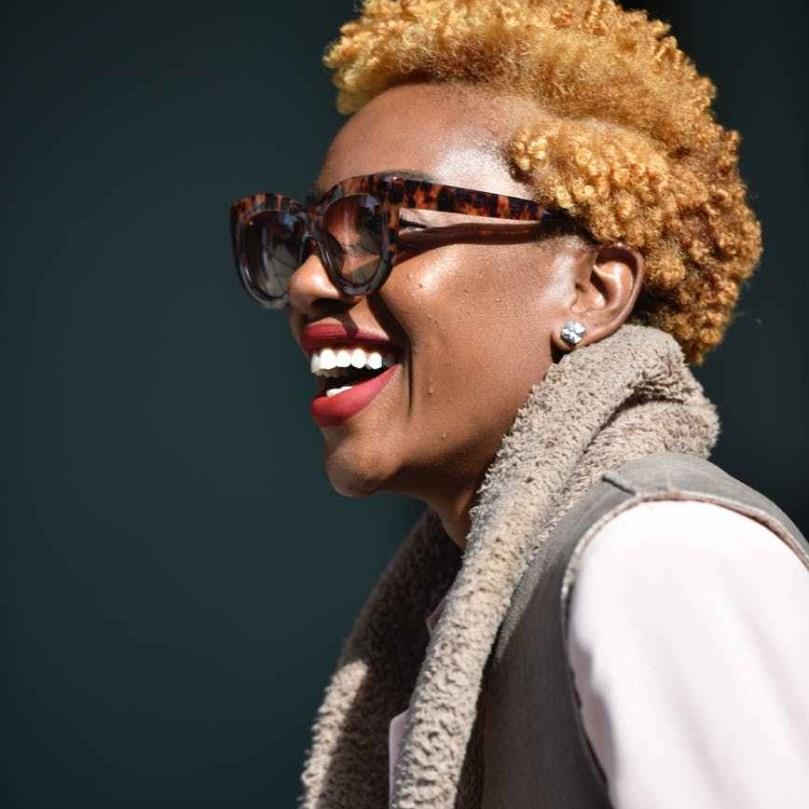 Smiling Black Woman seeking Individual Therapy