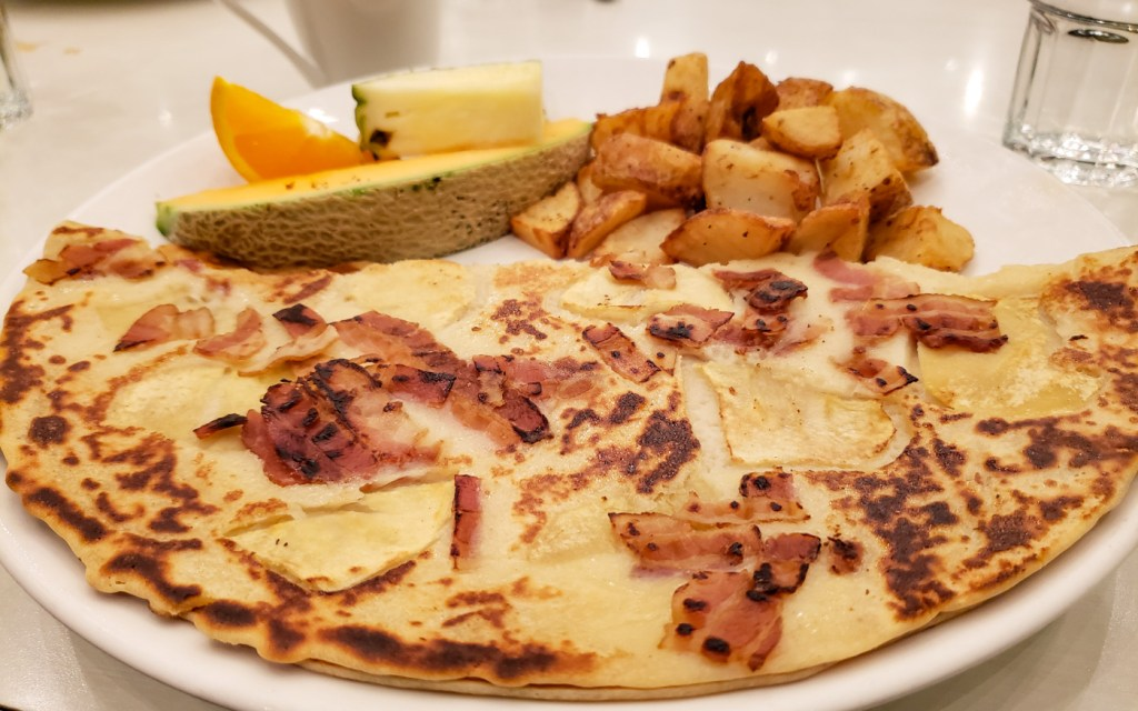 Crepe with Apples, Bacon, and Cheddar at Universel Déjeuners