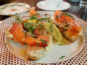 Smoked Salmon and a St-Viateur Bagel at Bar George