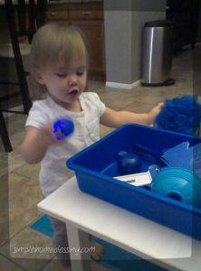 blue sensory bin_opt
