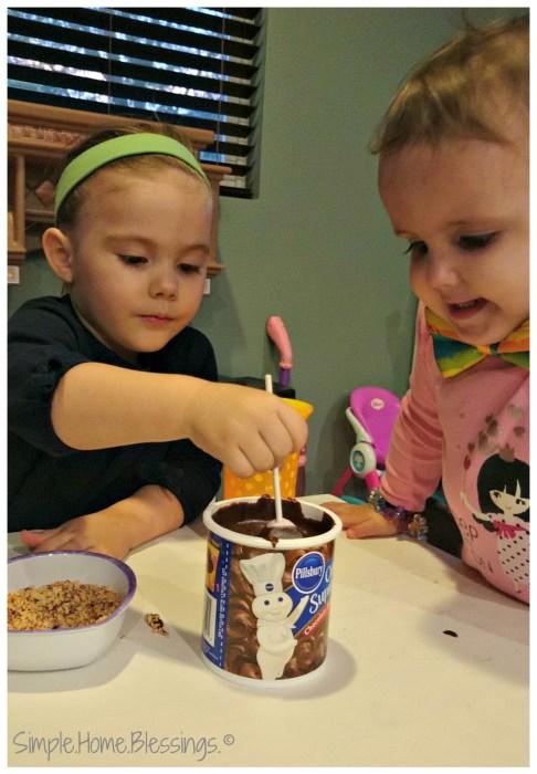 Valentine Hobo S'mores - Kids in the Kitchen