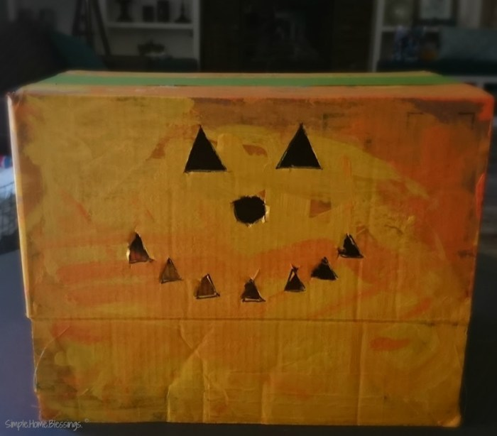 A Toddler/Preschool Halloween craft, a box-o-lantern