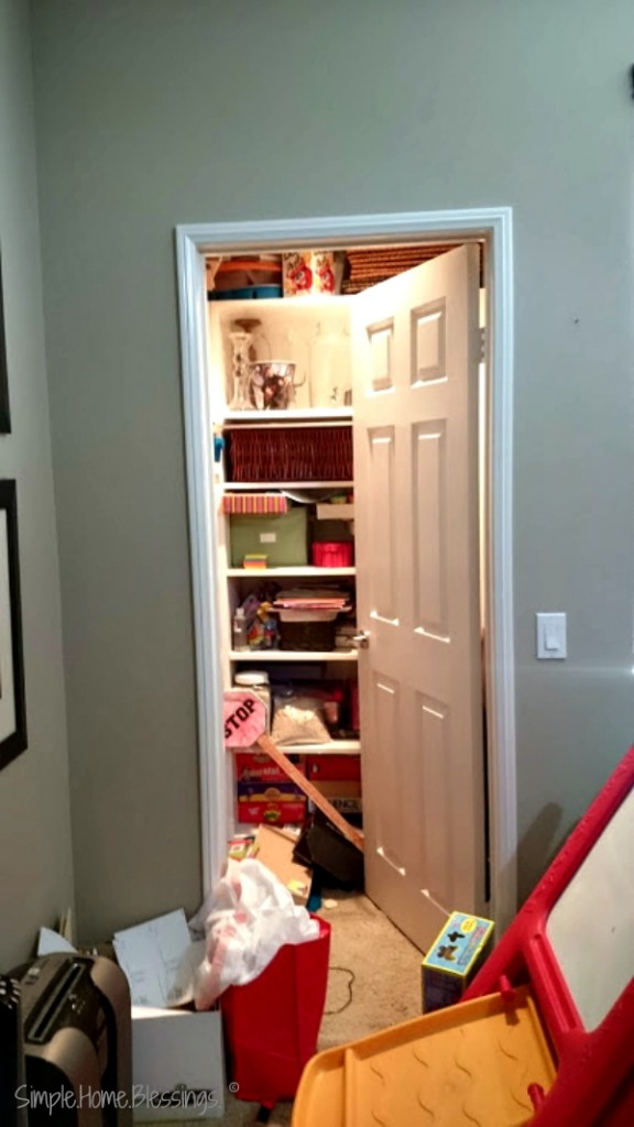 Decluttering Step by Step You are Here (before pictures)