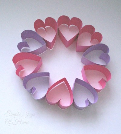 Simple Joys Of Home: Circle of Hearts