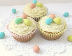 Mini Eggs Easter Cupcakes