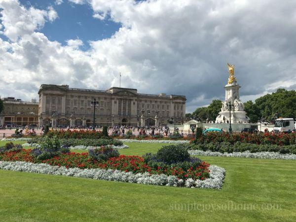 Buckingham Palace | Simple Joys Of Home