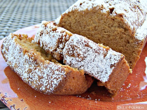 Homestead Blog Hop Feature - Pumpkin Loaf from Olla-Podrida