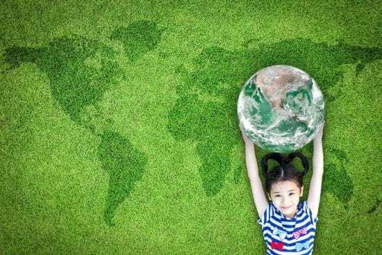 Homestead Blog Hop Feature - 4 wonderful ways to raise earth loving kids