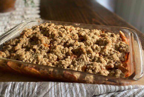 Homesstead Blog Hop Feature - Homemade-Gluten-Free-Apple-Crisp